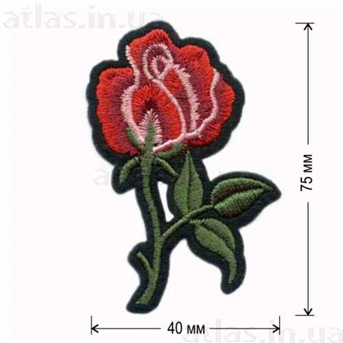 вышитая нашивка красная роза