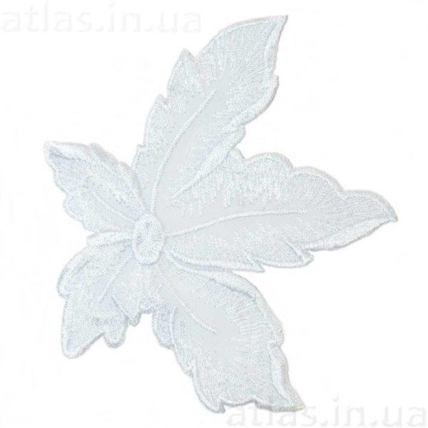 белый цветок аппликация сетка