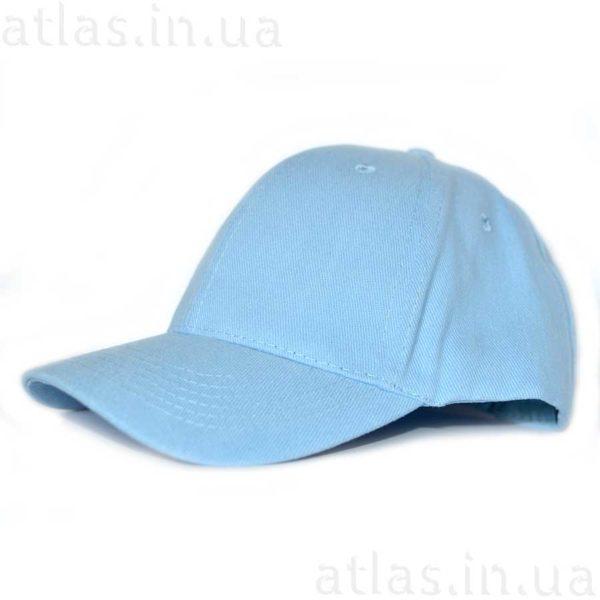 светло-голубая кепка
