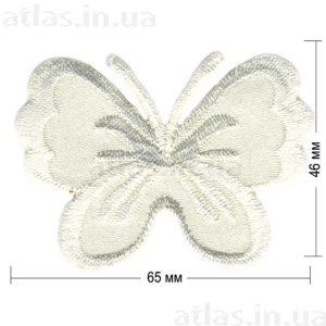 молочная бабочка на атласе нашивка 65x46 мм