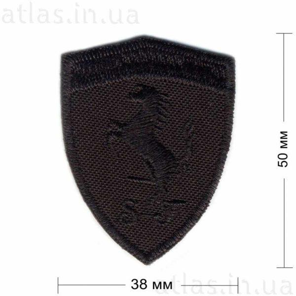 ferrari нашивка черная 38х50 мм