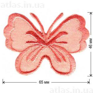персиковая бабочка на атласе нашивка 65x46 мм