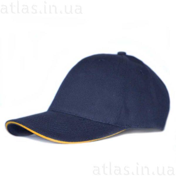 темно-синяя кепка желтый кант