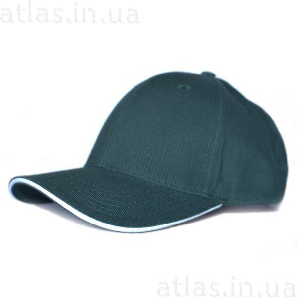 темно-зеленая кепка