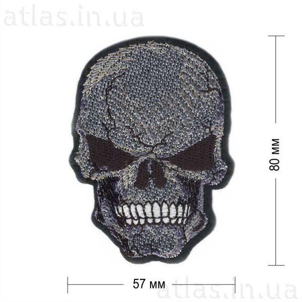 череп нашивка черная