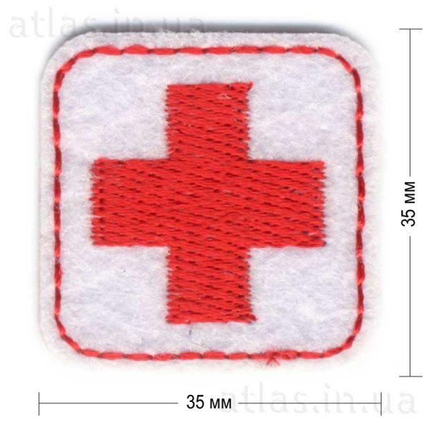 cross-red-on-white нашивка красный крест на белом фоне 35х35 мм