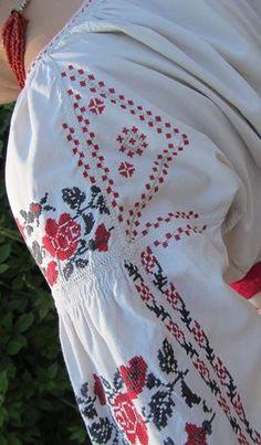 Традиционный узор Подол Украина - схема вышивки крестиком
